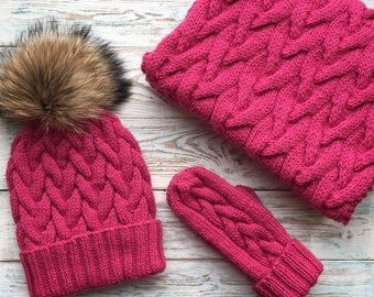 Hat with fur pompom, scarf (snood) and mittens from wool&alpaca