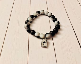 Black and white matte beads