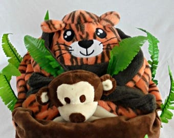 Nice brought JUNGLE diaper cake
