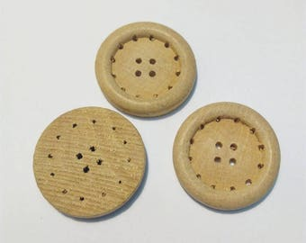 Buttons 3 round vintage wooden, 30 mm