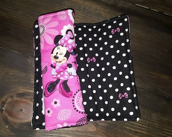Minnie mouse seat belt covers