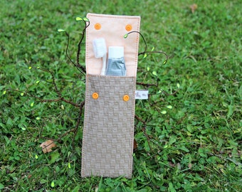 Case for toothbrush and toothpaste in beige imitation effect woven, fully lined - handmade