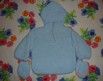 hoodie and gloves small