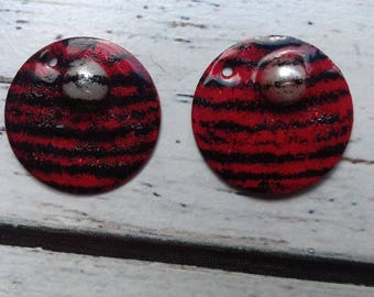 charms red and black, White Pearl, brass enameled for creating jewelry