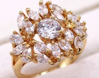 Beautiful White Crystal Zircon 18K Gold Plated Ring: Size 8