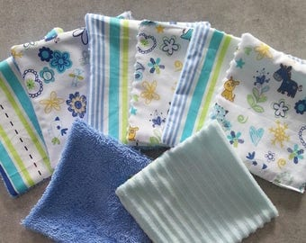 Set of 8 wipes or demake up theme stripe and blue tone