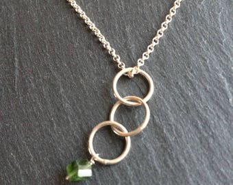 Necklace three circle green cube