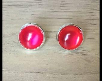 Cat's eye cabochon earrings
