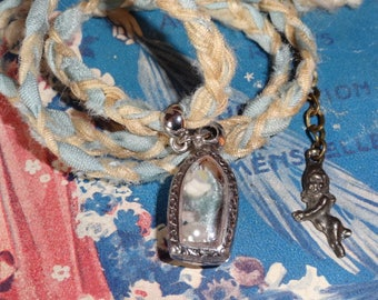 The tiny (pendant beads and silk)