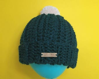 Adults | DARK GREEN | Unisex Crocheted Bobble Hat | With Cream Pom Pom