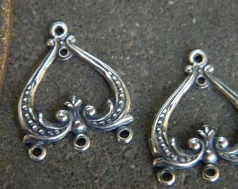 SET of 2 CANDLESTICKS for BUCKLES of ears print pattern NEO-Classic old VINTAGE silver METAL