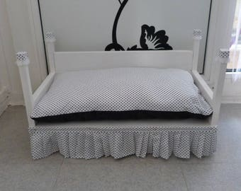 Chic small dog or cat bed sofa
