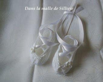 Mini white decorative ballet shoes