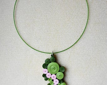 Geometric Choker in green and pink quilling
