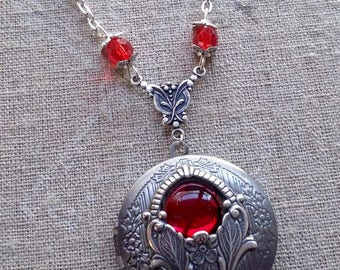 The Red jewel steampunk pendant necklace