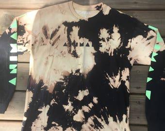 Animals custom bleached shirt size large.