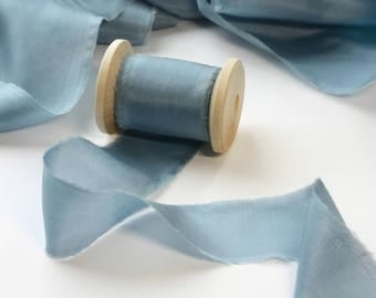 Gray Blue Silk Ribbon / Dusty Blue Hand dyed silk ribbon / 2.5 yards /Bouquet Ribbon /Ribbon with Spool /Wedding Ribbon, Bouquet Wrap, Gift