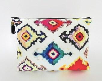 Dumpy Wash bag, Ikat print, Boxy bag, cosmetic bag, zip bag, make up bag.