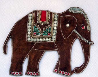 fabric applique Elephant Brown with multicolored sequins
