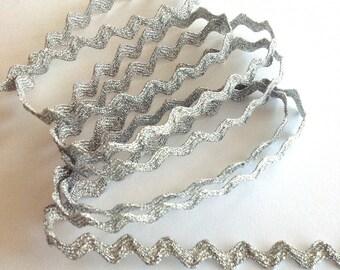 Serpentine Silver 5mm silver Lurex
