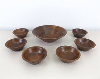 Genuine Walnut salad bowl plus 6 bowls