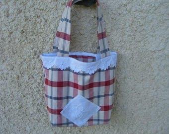 adorable shabby tote bag, bag has books