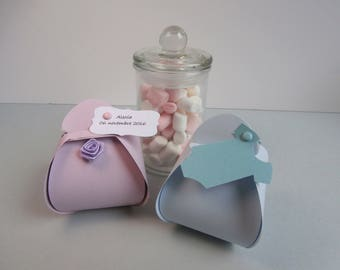 Box dragees for christening or birth