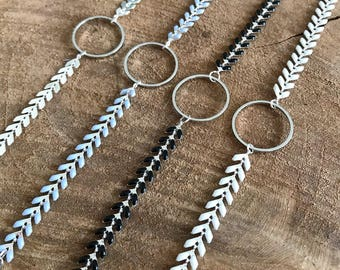 Spike with central disc silver Mesh Bracelet
