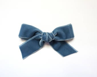Velvet Bow: French Blue