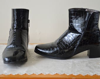Vintage 90s Moc croc Patent faux leather ankle boots