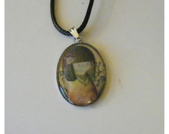 """""""Japanese Doll"""" Oval Pendant Necklace - silver plated metal and resin Cabochon"""
