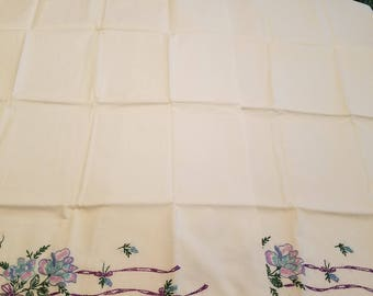 Set 2 vintage embroidered pillowcases with blue floral design