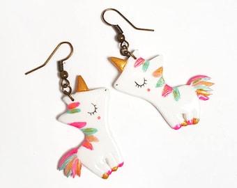 """""""Unicorns 2D"""" handpainted by zabeil earrings"""