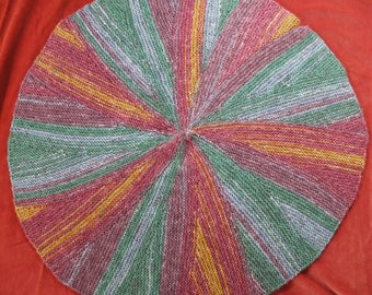 Circular multi-coloured baby blanket