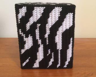 Zebra Stripe Tissue Box Cover in Plastic Canvas