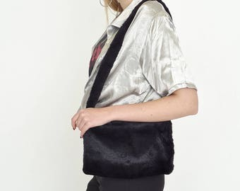 VINTAGE Black Fluffy Retro Shoulder Bag