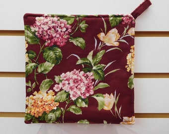 """639 Hydrangea Hot Pads, Pot Holder, Hydrangeas Fabric, Floral Hot Pads, Quilted Heat Resistant Backing, 7-3/4"""" by 7-3/4"""" Square"""