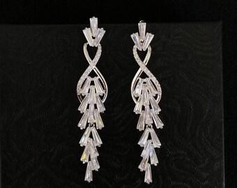 Wedding Earrings Bridal Earrings CZ Earrings Bridesmaids Earrings Fashion Earrings Jewelry Chandelier Earrings Dangle Earrings