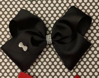 Large boutique bow