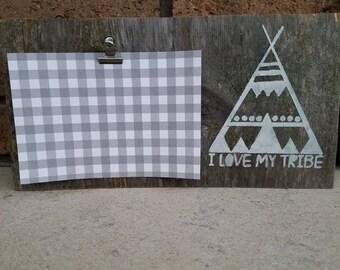 Hardwood picture hanger