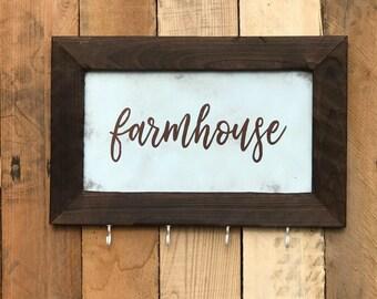 Farmhouse Key and Leash Holder