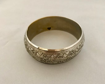 1980's Silver Plated Bracelet. Vintage Silver Plated Bracelet with Floral Etching. Silver Plated Bracelet Floral. Bracelet Silver Plated.