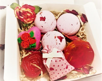 """Organic Bath Bombs & Natural Soap Rose Heart """"I love You"""" Mothers Day Gift Set with Jasmine Sacket UK Seller"""
