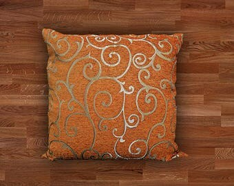 Cushion cover in soft chenille