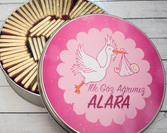 100 Personalized Chocolate in Metal Box - Baby Chocolate- Favor- Baby Gift- Chocolate Wraps- Stork Favors- Thank you Gift- Baby Shower Favor