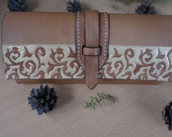 Ladies leather wallet, leather purse, light brown color