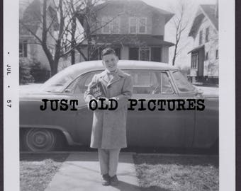 Happy proud by holding Holy Bible old vintage photo/snapshot/photograph-e128