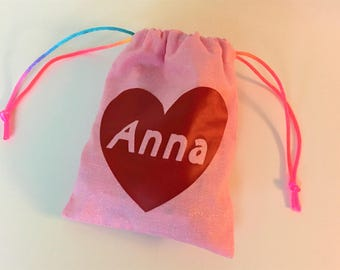 personalized drawsrting pouch / feminine / party favor / treat bag / snack bag / goody bag / wedding favor / make-up pouch / customize pouch