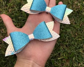 Aquata Shimmer Bow