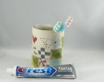 Ceramic Toothbrush Holder, Ceramic Vase, 9th Anniversary Gift, ceramics and pottery, Pencil Holder, Bathroom DecorVessel, Desk Accessory 941
